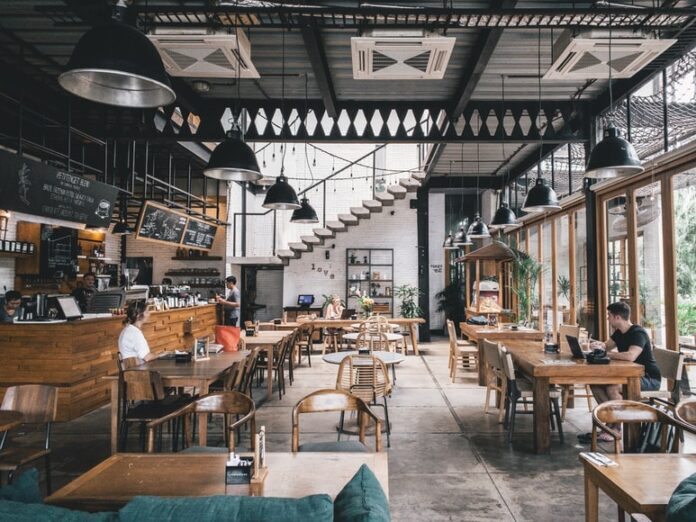 7 Tips to Keep Customers Coming Back To Your Restaurant